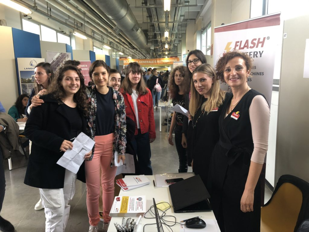 Job Day 2019 Flash Battery