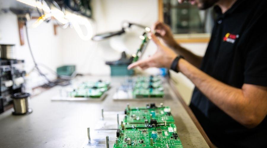 Flash Battery Steuerelektronik Artikel