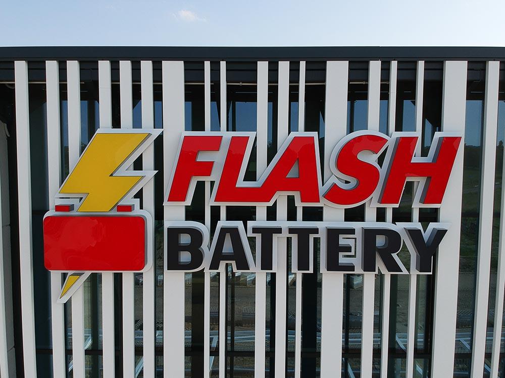 Flash Battery Logo des Firmensitzes