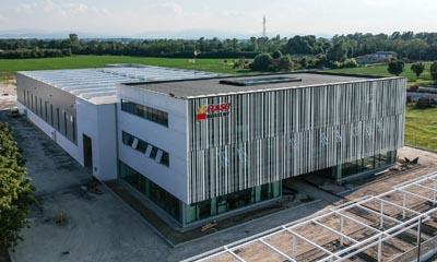 Flash Battery neuer Rechtssitz Drohnen Ansicht blog preview